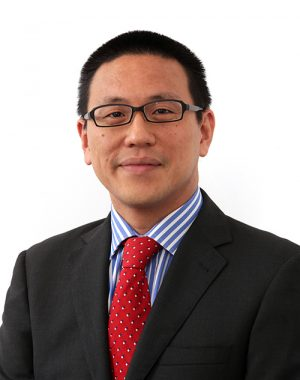 Dr Derek Chan Medical Retina Specialist & Cataract Surgery